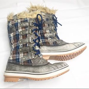 Sorel Arctic plaid faux fur snow boots